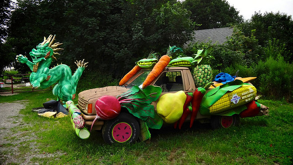 veggie art car