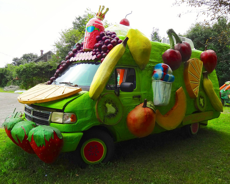 smoothie queen art car