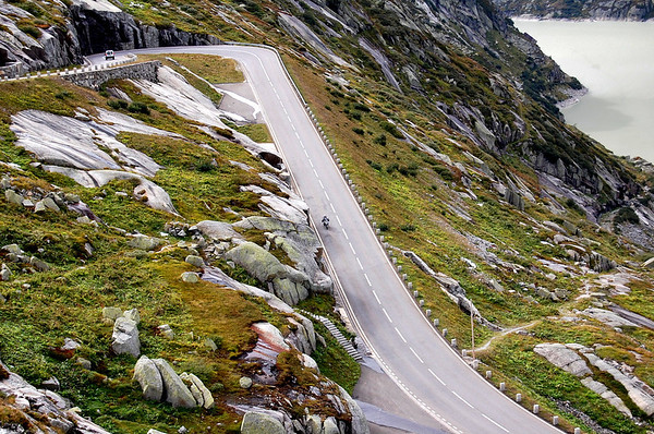 Fuzzygalore on the Grimsel Pass