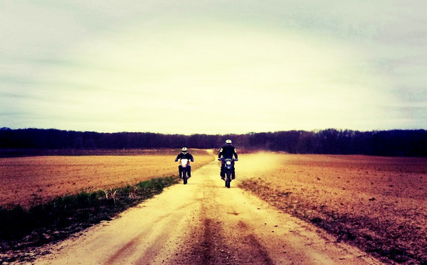 Ben and Kenny on the dusty road