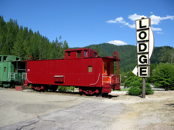Train Lodge