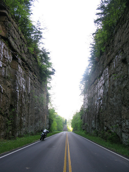 BMW R1150GS on route 1274 near Morehead Kentucky