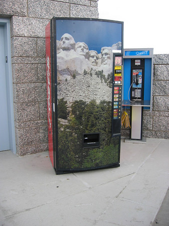 Mount Rushmore soda vending machine