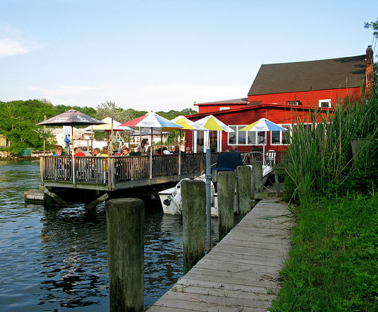 The Old Mill Inn Mattituck, New York - Long Island's North Shore