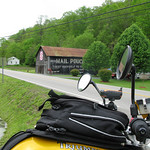 Mail Pouch Tobacco Barn - Kentucky - Fuzzygalore Girlie Motorcycle Blog