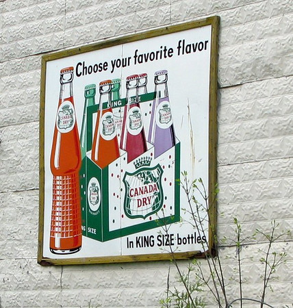Canada Dry in King Size Bottles Ad