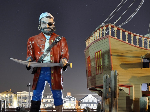 Muffler Man Pirate Ocean City