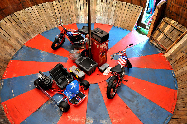California Hell Riders Wall of Death Motordrome