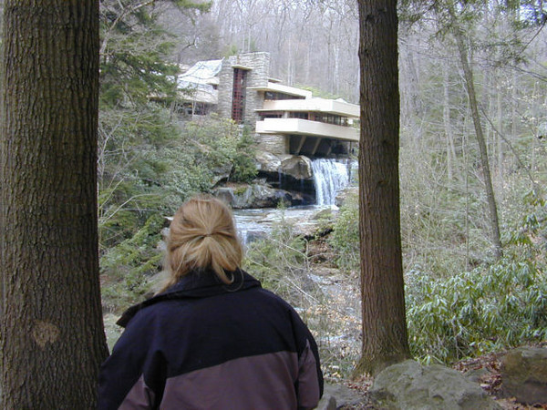 Wendyvee at Frank Lloyd Wright's Fallingwater