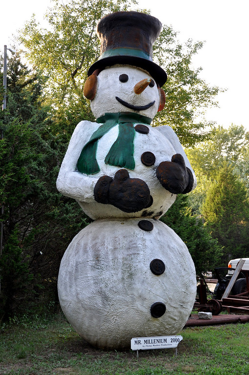 Mr Millenium Giant Hamptons Snowman