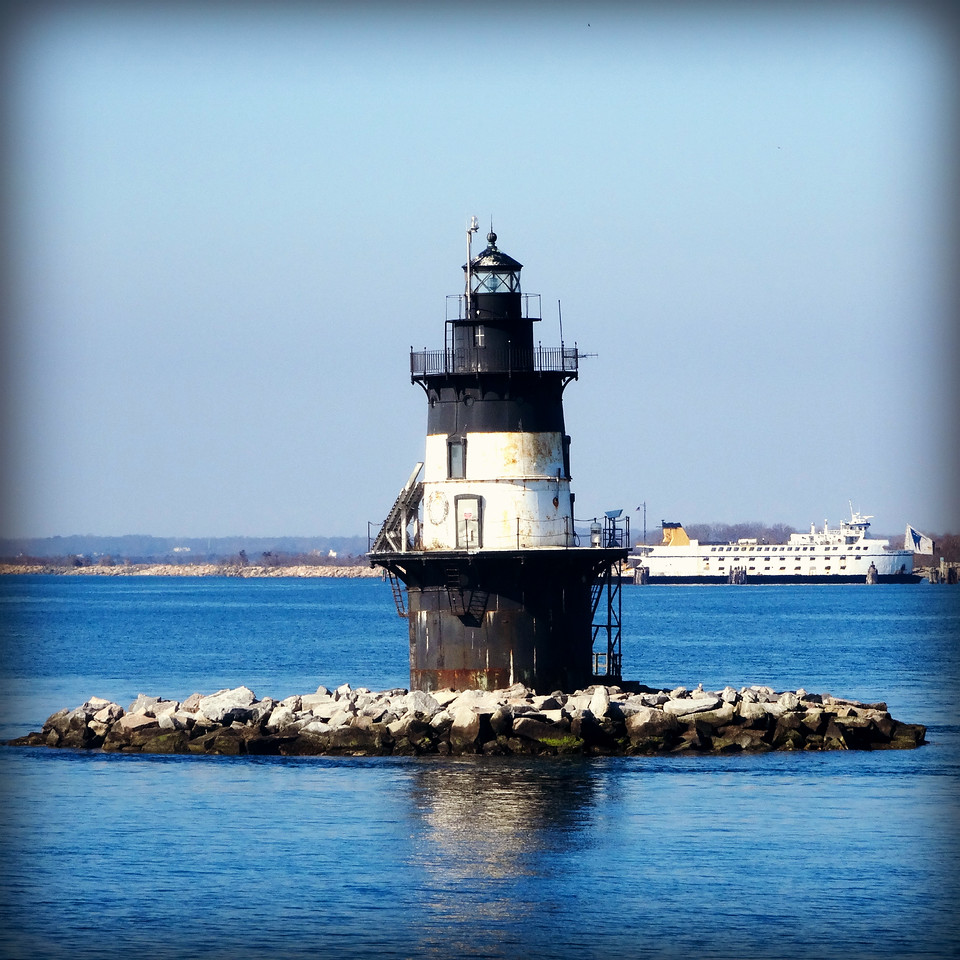 the coffee pot light house