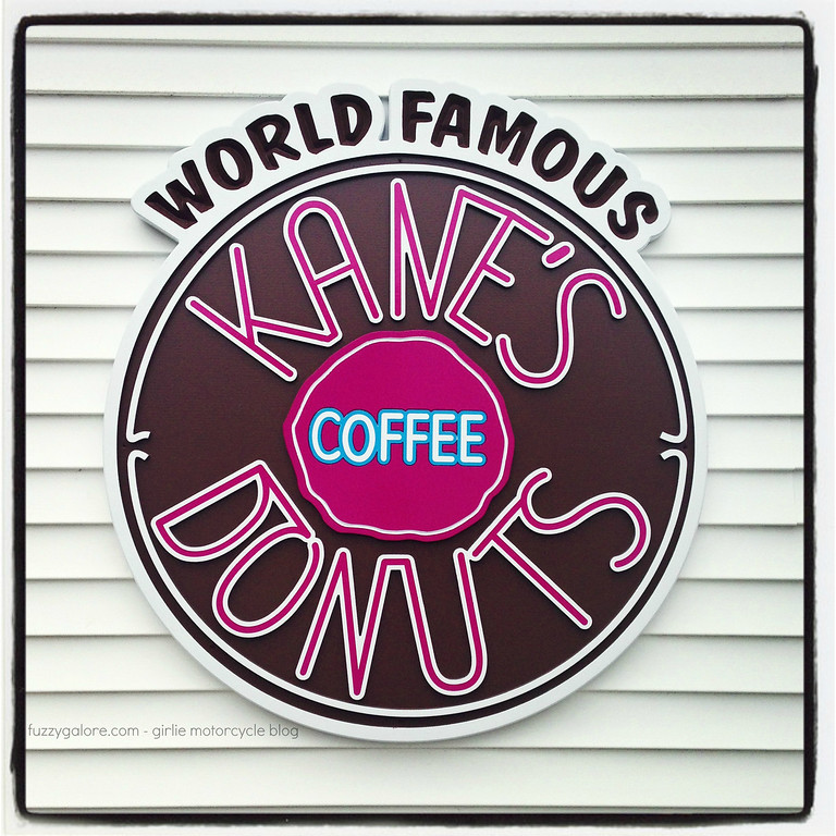 kanes donuts patio sign