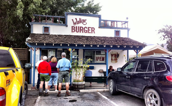 Walker Burger in Coleville California