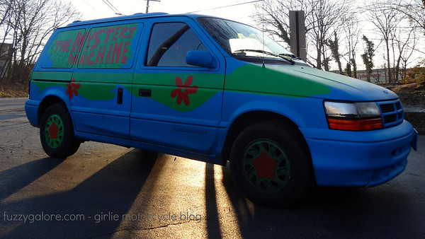 mystery machine minivan